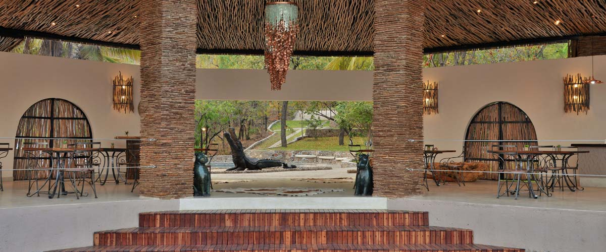 Another view of the open-plan dining and bar area at Kariba Safari Lodge